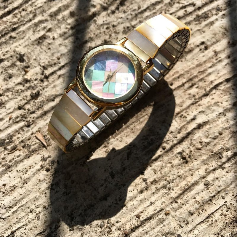 【Lost And Find】Colorful Natural mother of pearl Rhodochrosite watch