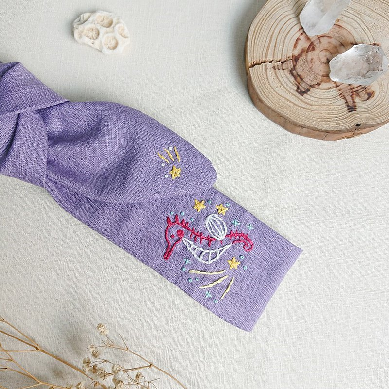 Inspiration series from the sea-Meteor Seahorse handmade embroidery bow hair band