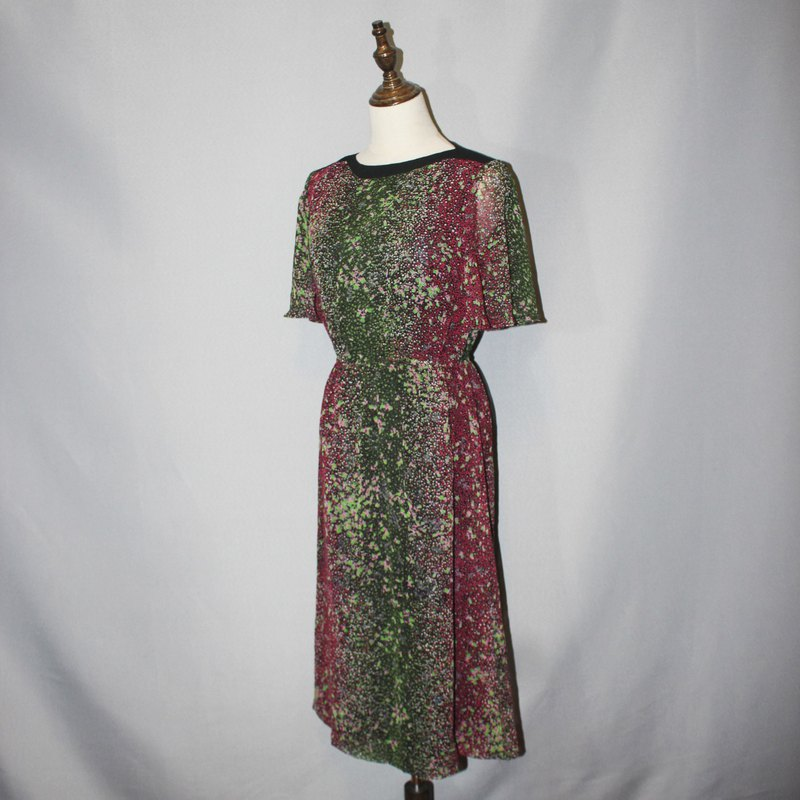 (Vintage Japanese vintage dress) Japanese made green pink little flower dress F3591