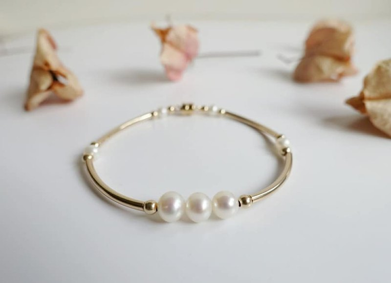 14kgf magnetic buckle large pearl bracelet