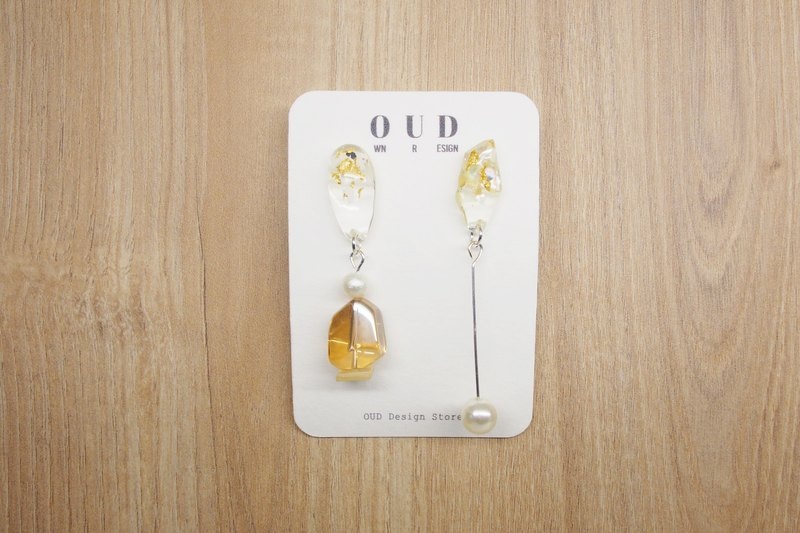OUD Original. Handmade Geometric. Pearl Gold Foil Mixed Drop Earring/Clip-on