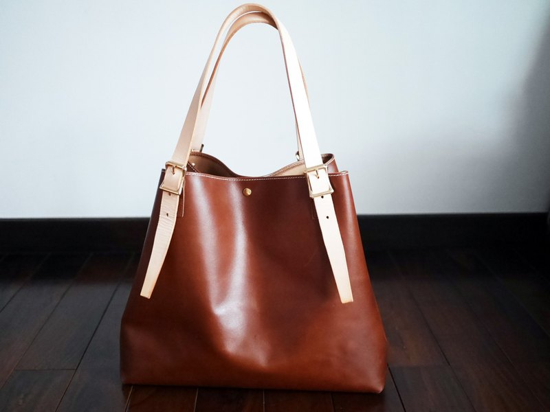 Tsubame - leather tote bag can replace metal buckle strap