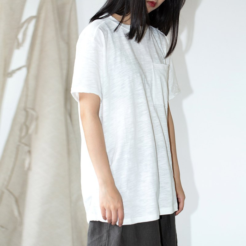 HFCY/Good wind often has 2019 summer Japanese raw edge round neck pocket bamboo cotton loose solid color short-sleeved T-shirt