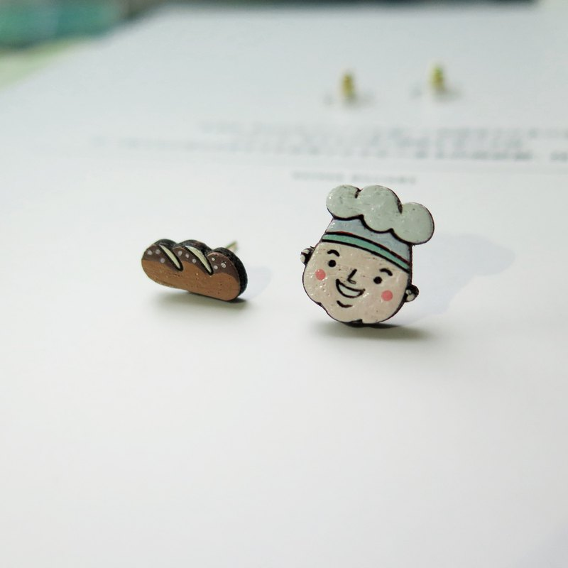 Wooden Earring Baker & Bread