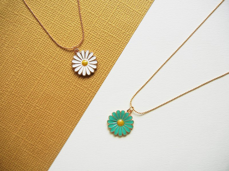 *coucoubird*Glazed Daisy Necklace / Two-tone