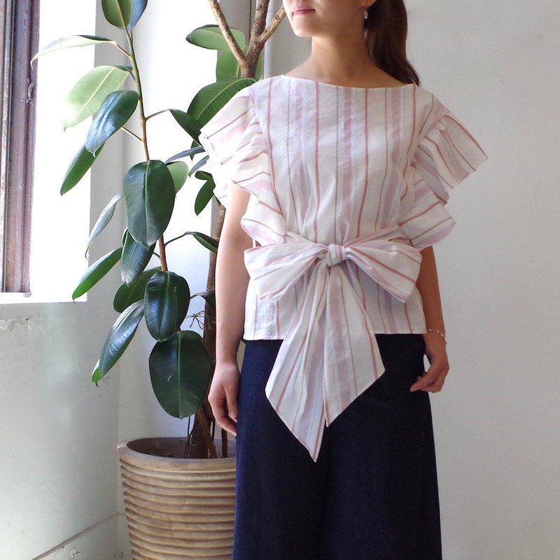 [Made in Japan] Striped frilled sleeve blouse-with ribbon belt pink stripe