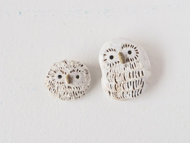 Mom and baby owl broaches with gift box