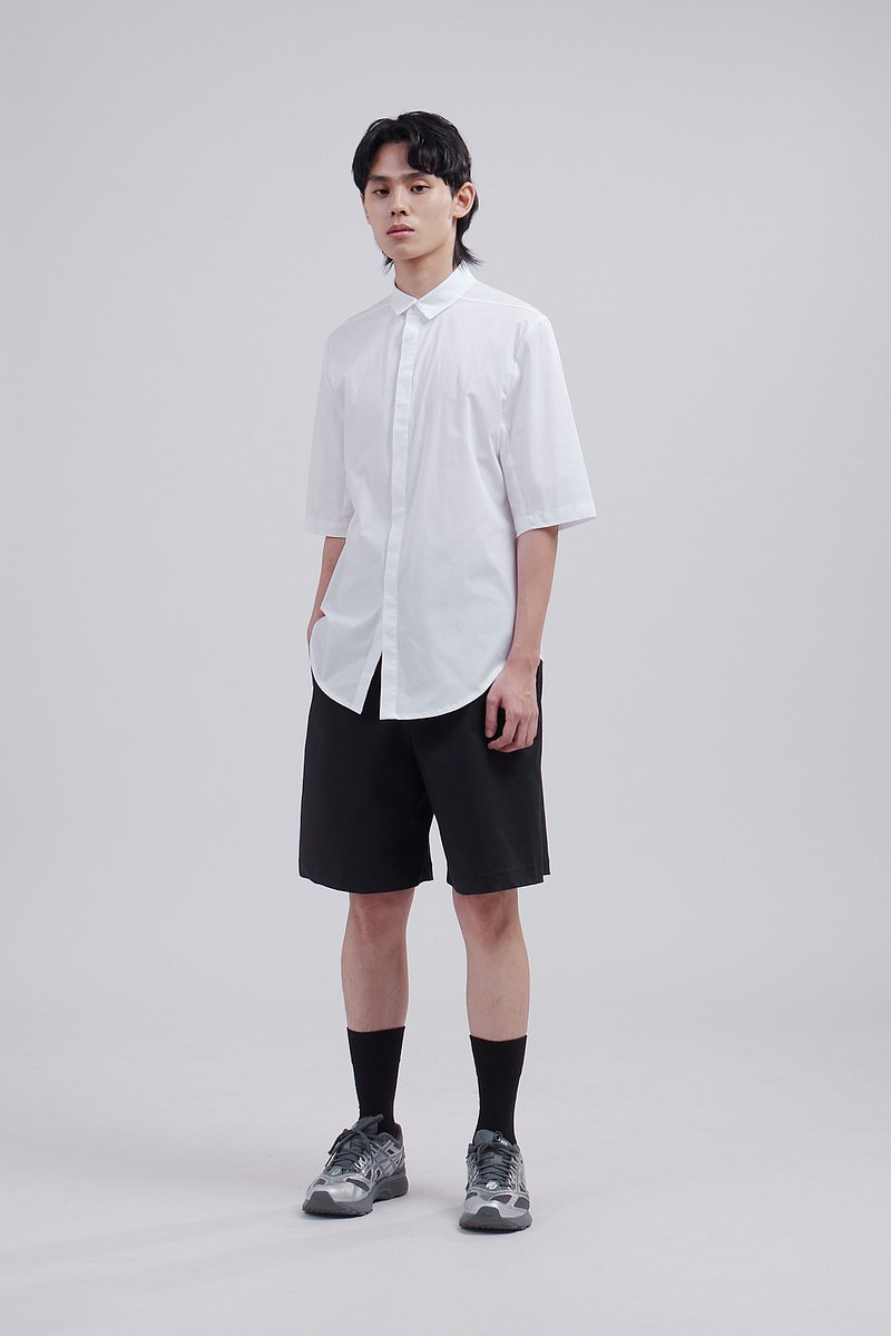 Short-sleeve Shirt With Concealed Button Placket