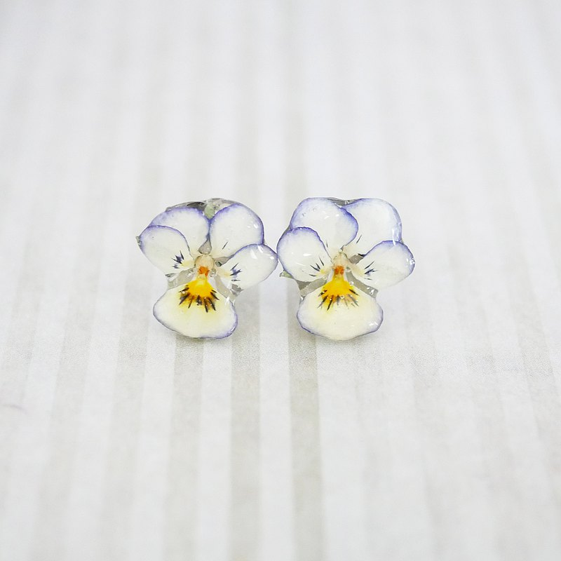 Real violet earrings