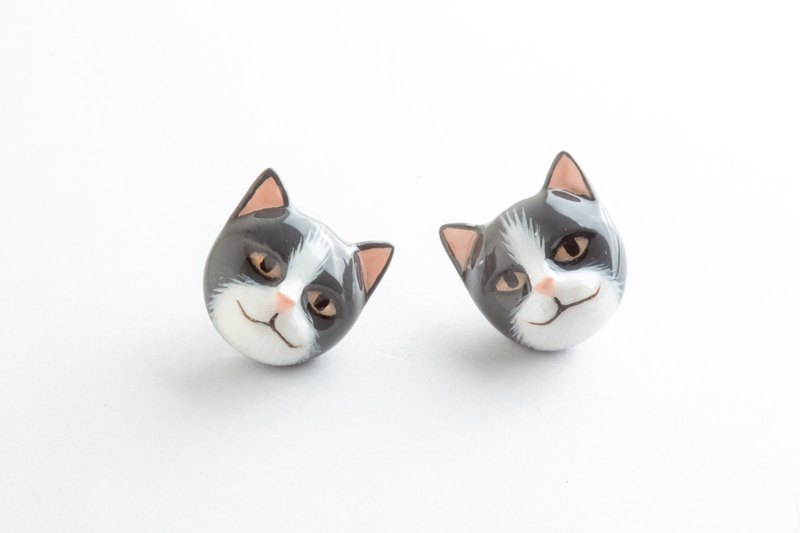 Gray Cat Earrings ~925 Sterling Silver Ears