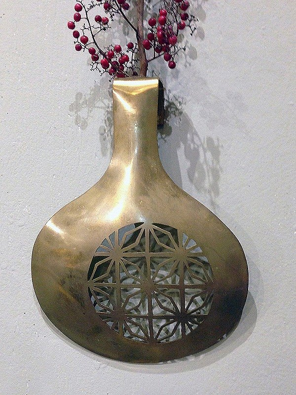 Brass wall hanging flower essay / flower window flower B model, hand made poetry using metal craft to write poetry for life