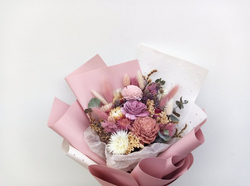 Rose milk tea||Dry flower bouquet dry flower hand made Mother's Day graduation season
