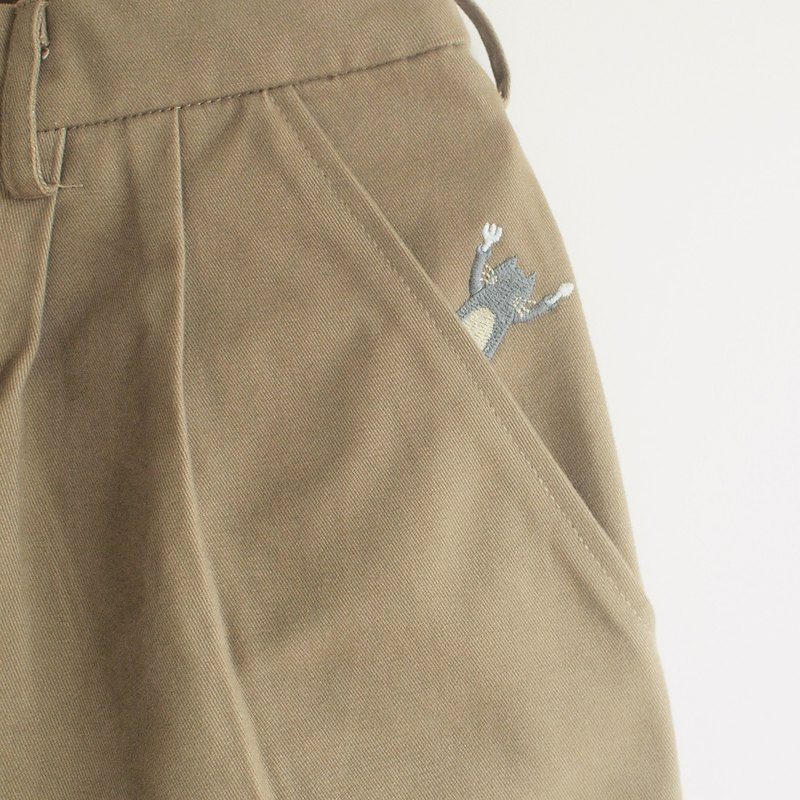 hungry cat short pants : khaki