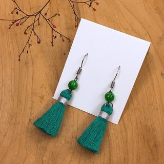 Jade beads simple and elegant tassel earrings