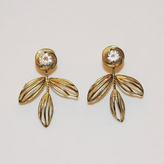 Elegant flower shape brass gemstone earrings