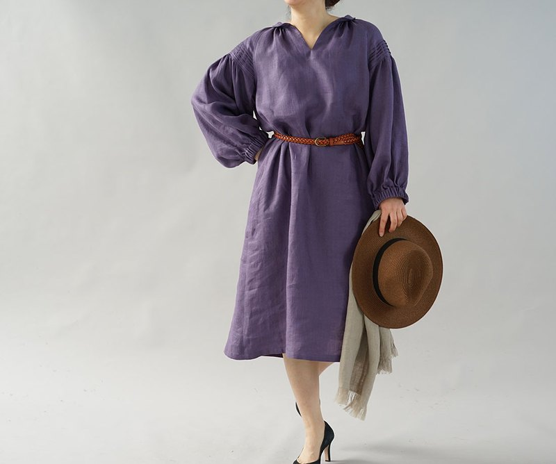 wafu+  linen dress / shawl collar / pin-tuck / long sleeve / purple  a26-24