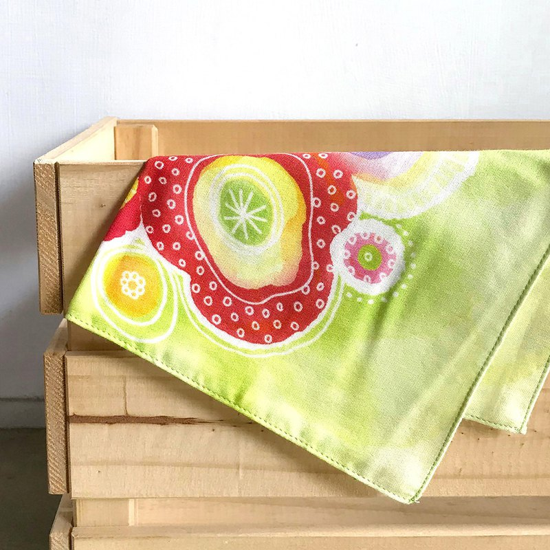 Bubble Green - Hand Towel