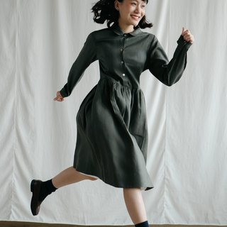 Makers Classic Dress in Green Olive