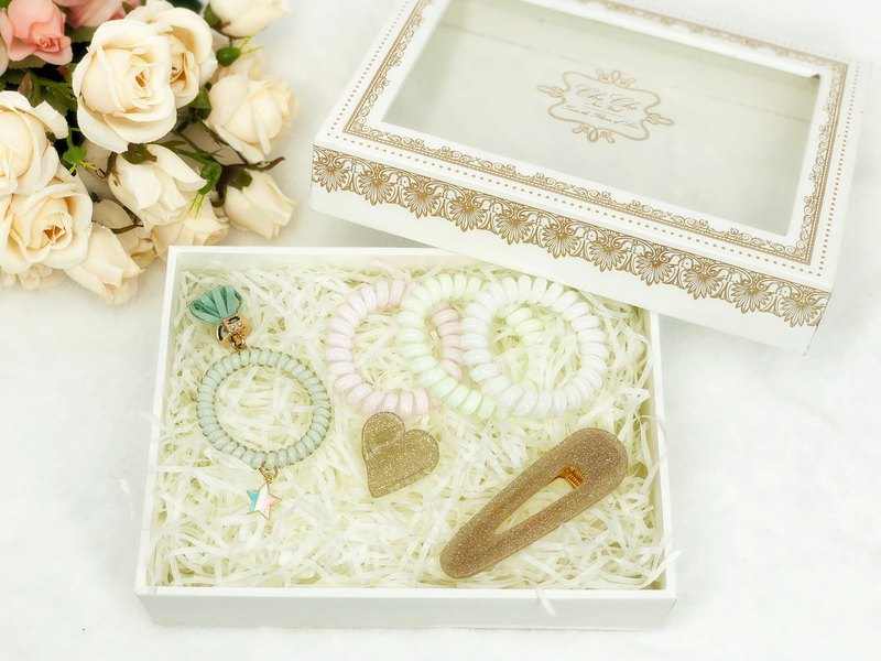 Lovely Hair Accessory Box Set (Gold)