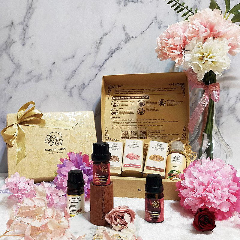 Amour essential oil-pet gift box