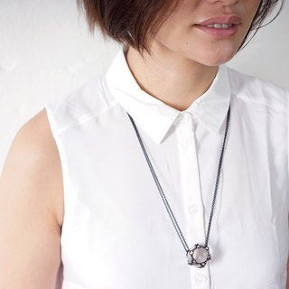 【 The Float Island • Chapter 1 】Six pointed star quartz / black necklace