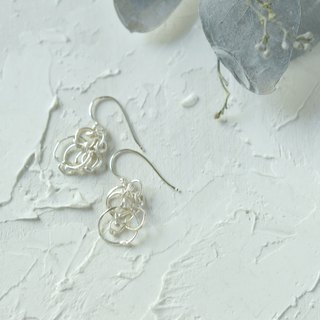 kemuri silver hook earrings