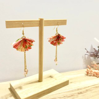 [Origami earrings series] color orange thousand and paper fan models (can be changed ear clip)