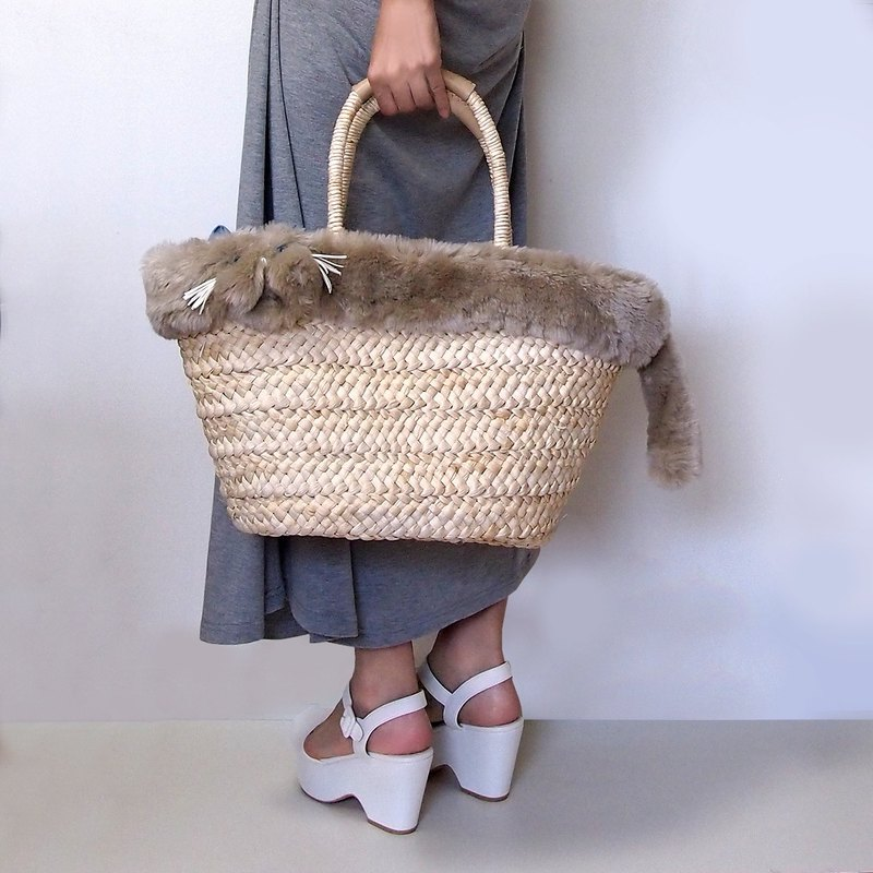 Exotic Short Hair motif bushy fur cat basket bag (order made)