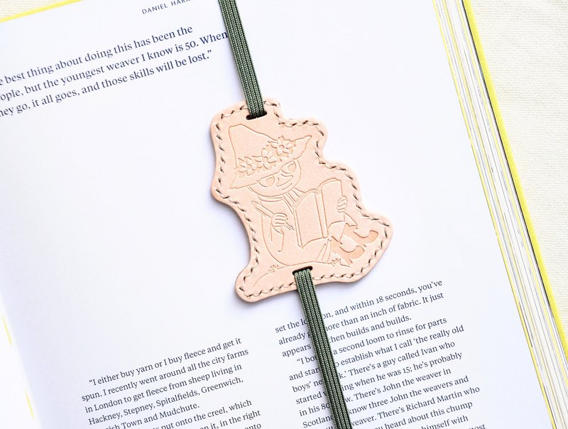 MOOMIN x Hong Kong-made leather Shi Liqi bookmarks original color material package officially authorized Ajin bookmark