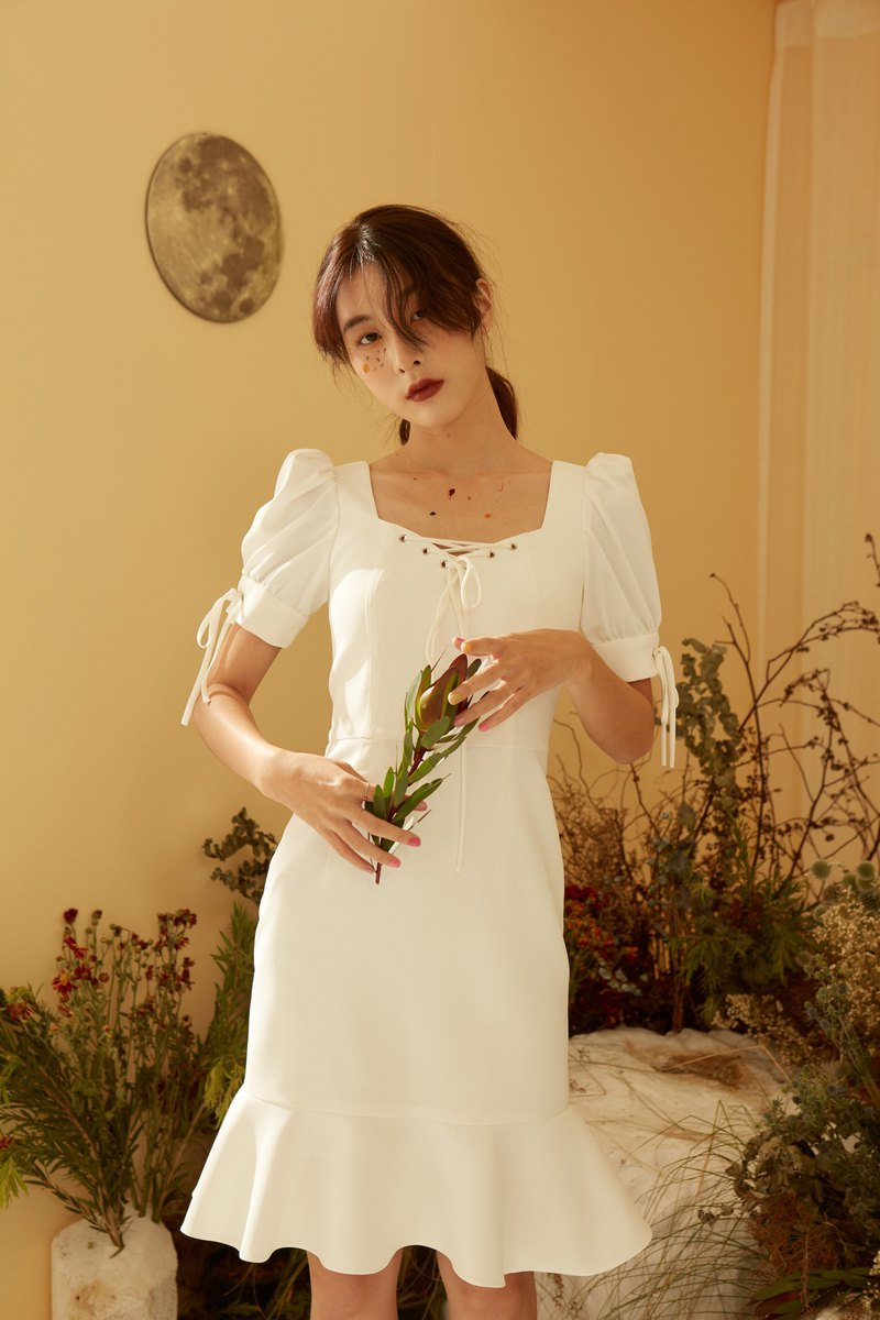 Exclusive Andrea dress - White for Pinkoi only