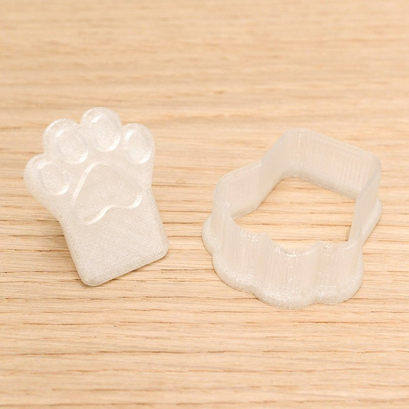 Transparent cat paw cookie mold