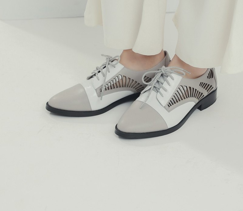 Hollow leather splint changes leather Oxford shoes gray