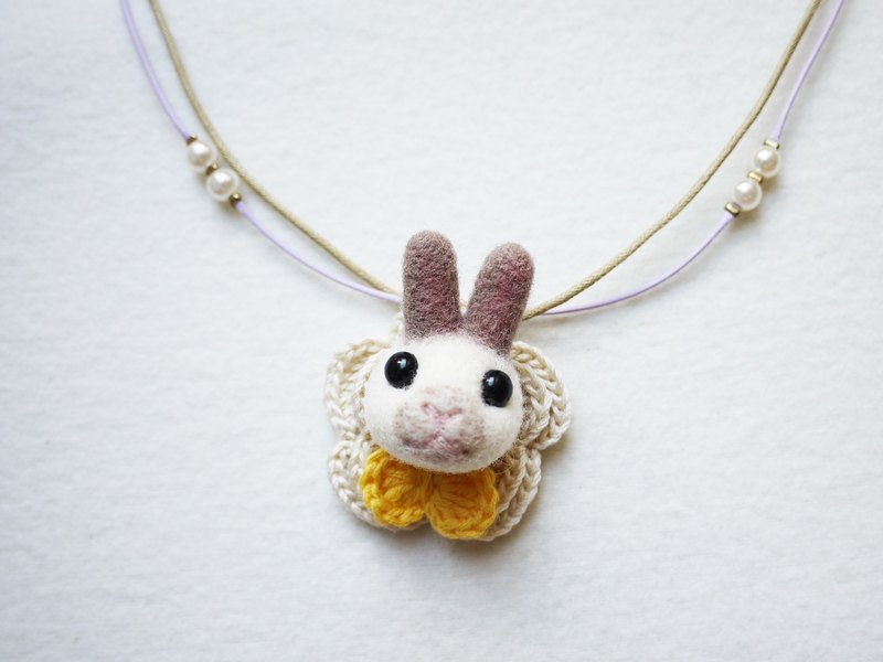 Petwoolfelt - Needle-felted special rabbit 2-ways accessories(necklace + brooch)
