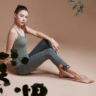 [MACACA] vine leaflet yoga cropped trousers - AQE7083 Army Green