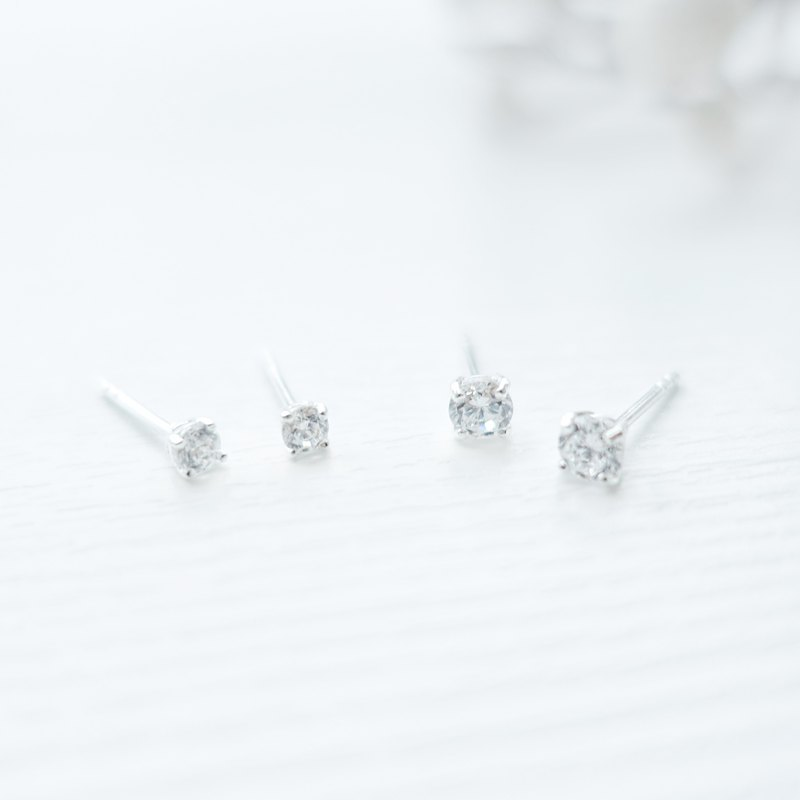 SPARKLE - Mini Zircon Sterling Silver Earrings
