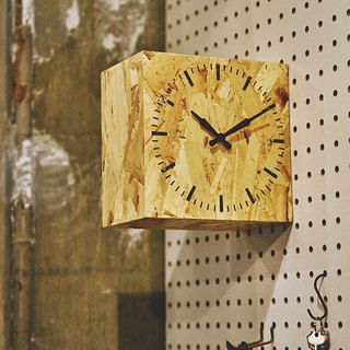 Hodis- American Barn Silent Double-Sided Clock Wall Clock