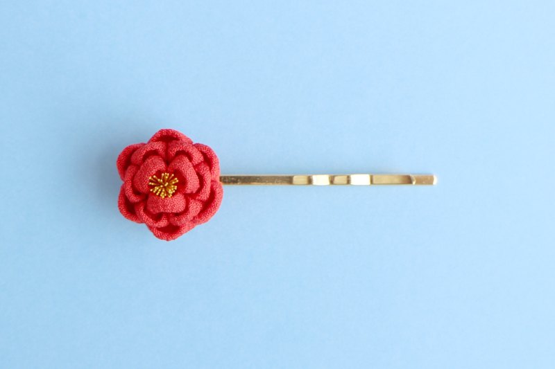 Pure silk petit camellia hairpin red