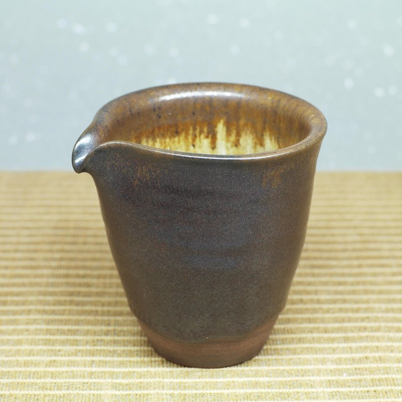 Black tea sea, fair cup, uniform cup hand made pottery tea props