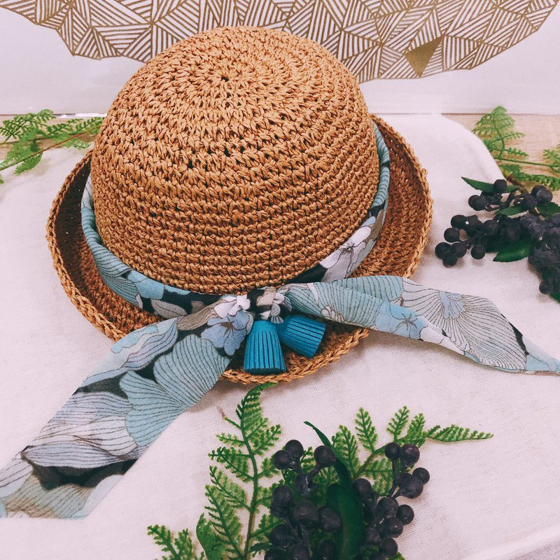 Summer tassel hat / beautiful day