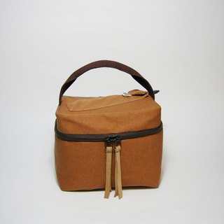Square brown meal bag (canvas) __ Zuo zuo hand made zipper bag