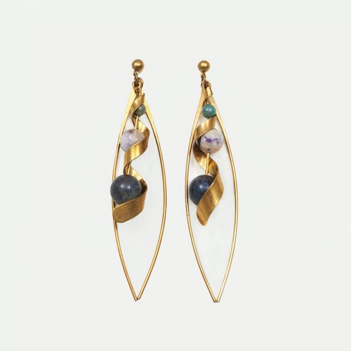 Waving-type Earrings