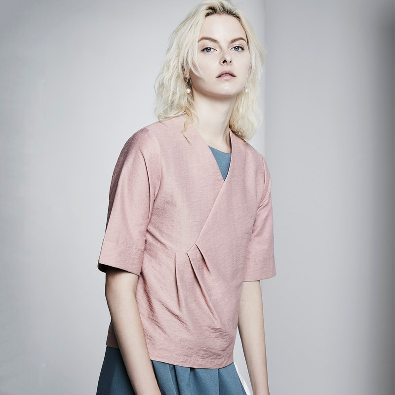 Waist Tuck Textured Shirt (Pink)