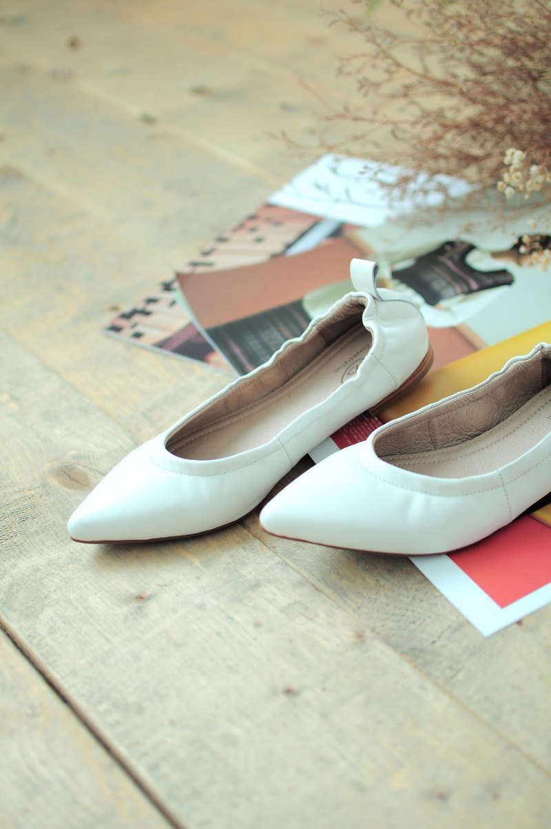 Sheep Leather Ballet Flats Shoes (White)