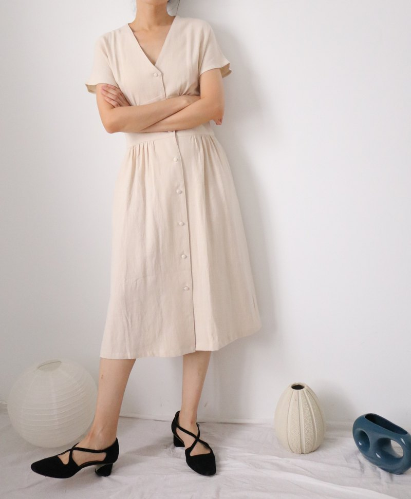 Bella Dress beige white linen retro knee-length dress