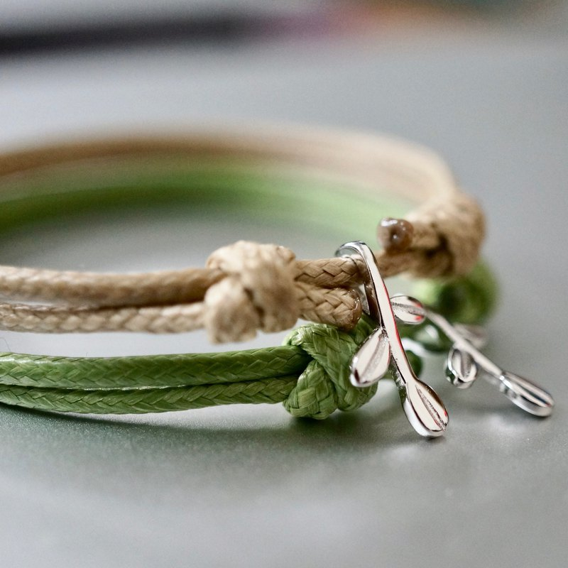 ITS-B816 [Minimal series, small saplings] 1 sterling silver sapling wax rope bracelet.