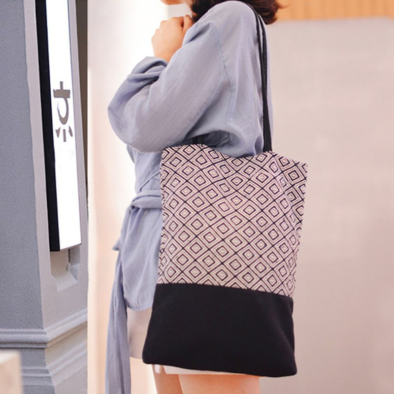 Straight plaid canvas bag canvas bag lattice side back tote bag portable oblique shoulder bag elegant literary