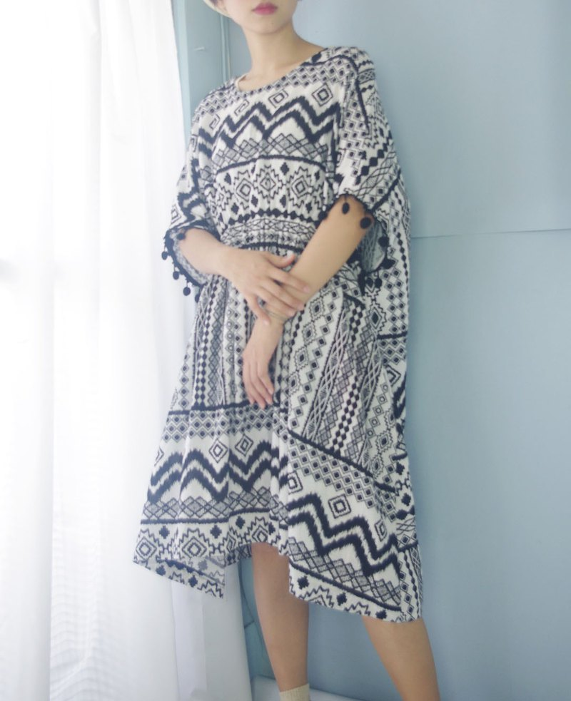 Design Handmade - Black and White Totem Print Ball Ball Summer Loose Dress