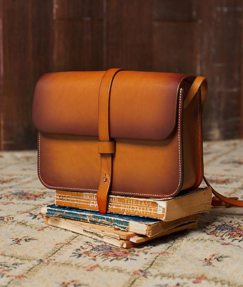 Limited time 69% _ [Time cloister] handmade original single buckle leather messenger bag _ smoked walnut