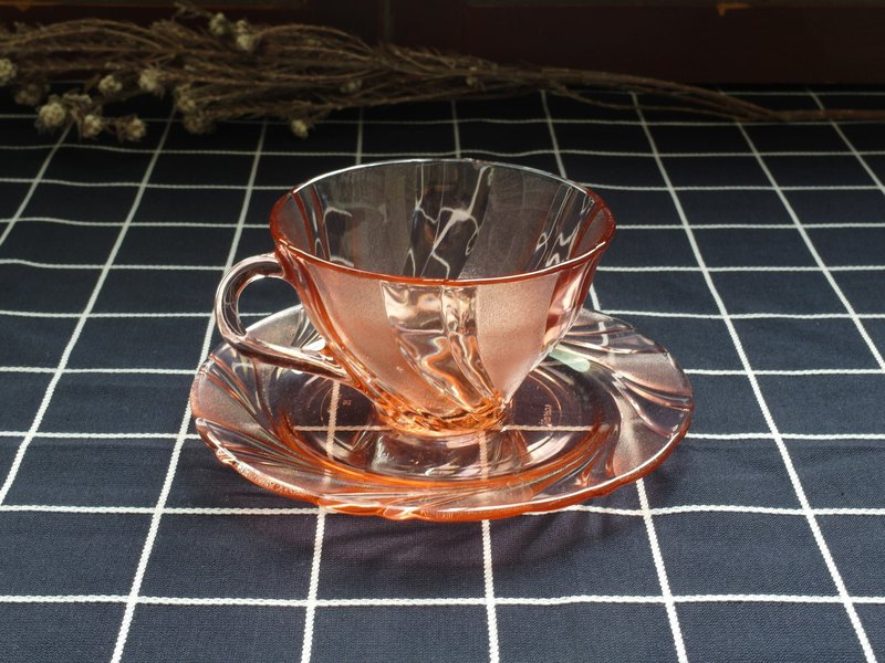 Sweet possibility - pink swirl coffee cup set (cutlery / old / old / glass)