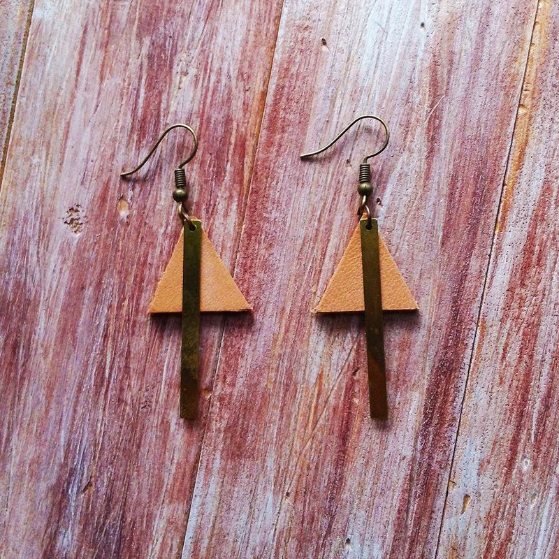 Triangle Brass Earrings Leather Draw Original Leather Kai Handmade Leather